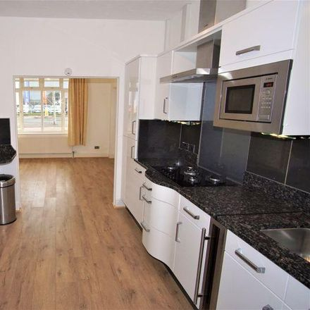 Rent this 3 bed house on Olympus Business Park in Yew Tree Close, Gloucester GL2 4NA