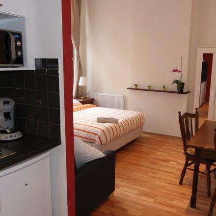 Rent this 0 bed apartment on Rue Saint-Josse - Sint-Jooststraat 11 in 1210 Saint-Josse-ten-Noode - Sint-Joost-ten-Node, Belgium