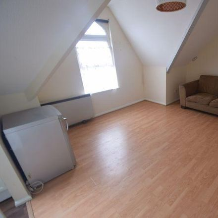 Rent this 1 bed apartment on Stockwood Crescent in Luton LU1 3SS, United Kingdom