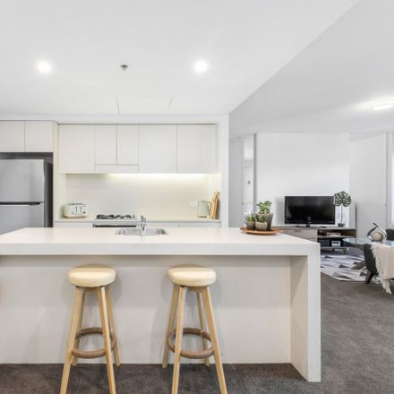Rent this 2 bed apartment on 23 Shelley Street