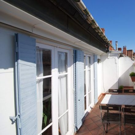 Rent this 2 bed apartment on 15 Place du Président Wilson in 31000 Toulouse, France