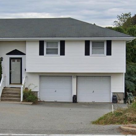 Rent this 3 bed house on 2345 West Main Road in Portsmouth, RI 02871