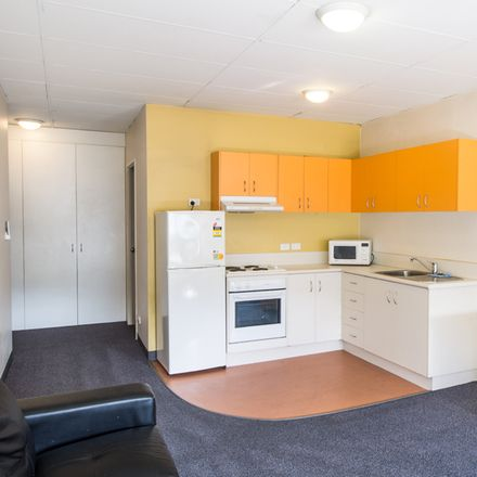 Rent this 1 bed apartment on 5/408 Milton Rd