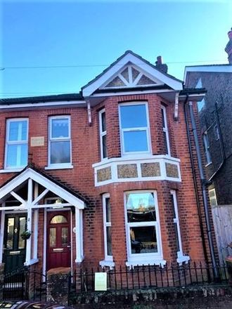Rent this 5 bed house on Manor Road in Tunbridge Wells TN4 8RN, United Kingdom