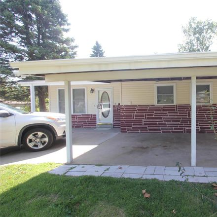 Rent this 3 bed house on 8724 Harold Drive in Berkeley, MO 63134