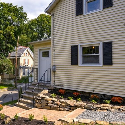 Rent this 3 bed house on Newton Ave in Newton, NJ