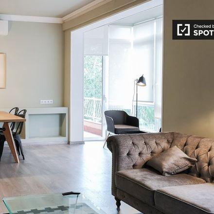 Rent this 3 bed apartment on Avinguda de Roma in 143, 147