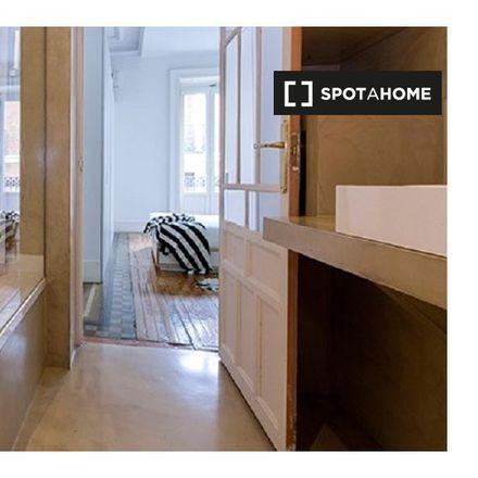 Rent this 1 bed apartment on Blackbird Rock Bar in Calle de las Huertas, 22