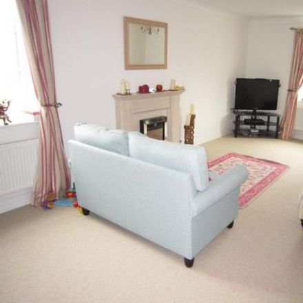 Rent this 5 bed house on Shears Drive in Amesbury SP4 7XY, United Kingdom