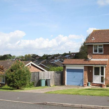 Rent this 3 bed house on Sylvan Avenue in East Cowes PO32 6QS, United Kingdom