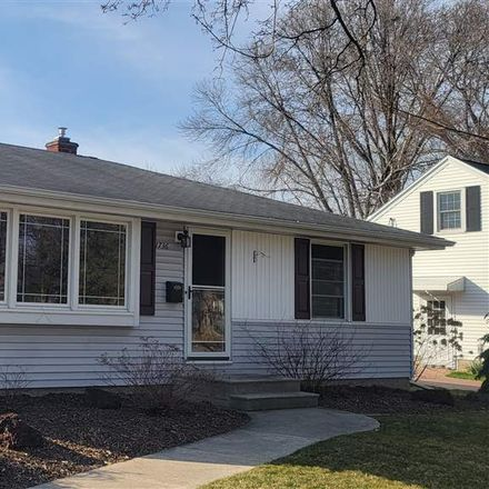 Rent this 3 bed house on 1736 Carroll Avenue in Green Bay, WI 54304