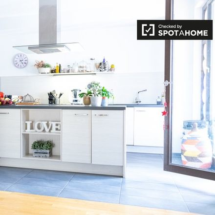 Rent this 4 bed apartment on Stargarder Straße 37 in 10405 Berlin, Germany