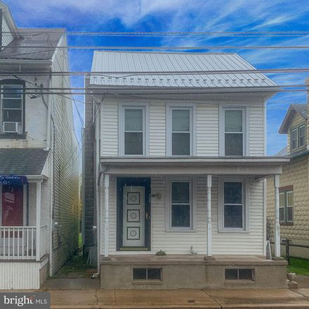 Rent this 3 bed house on 230 Greenwich Street in Kutztown, PA 19530