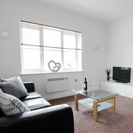 Rent this 1 bed apartment on Town Mead in Crawley RH11 7EF, United Kingdom