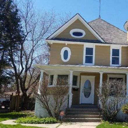 Rent this 3 bed townhouse on 472 North Spring Street in Elgin, IL 60120