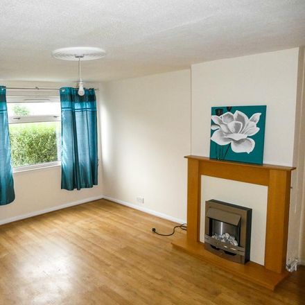 Rent this 3 bed house on Fortune Close in Hull HU8 0TT, United Kingdom