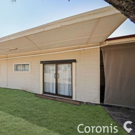 Rent this 2 bed apartment on 50a Brisbane Street