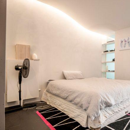 Rent this 1 bed apartment on 907/25 Edinburgh Avenue