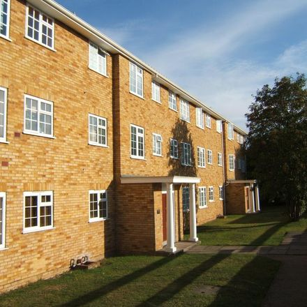 Rent this 3 bed apartment on Robin Way in Spelthorne TW18 4RL, United Kingdom