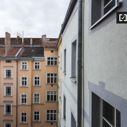 Rent this 1 bed apartment on Dubai Gemüse Döner in Schönhauser Allee, 10437 Berlin