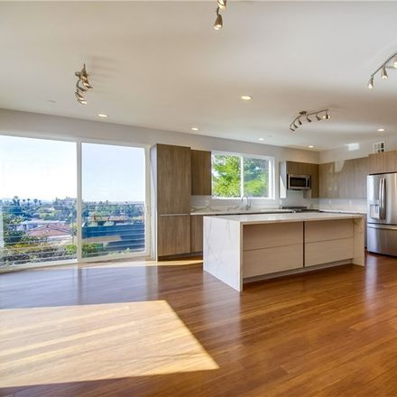 Rent this 3 bed duplex on Waterloo St in Los Angeles, CA