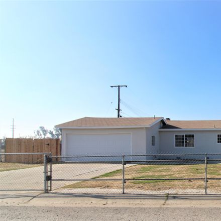 Rent this 3 bed house on W Montgomery Ave in Porterville, CA