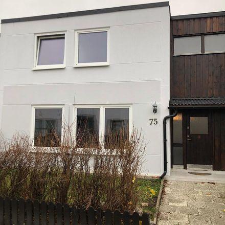 Rent this 7 bed apartment on Bägarvägen in Krögarvägen, 145 52 Botkyrka kommun