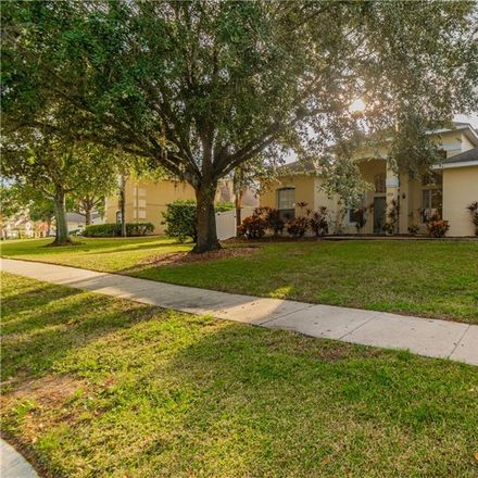 Rent this 5 bed house on 2726 Formosa Blvd in Kissimmee, FL