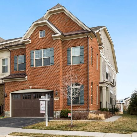 Rent this 4 bed townhouse on Ashburn