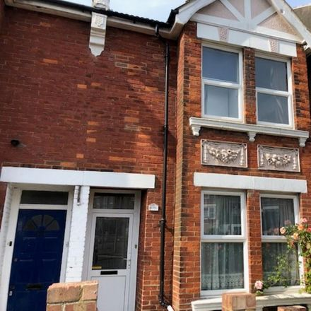 Rent this 6 bed house on Channel Glazing in 207 Elm Grove, Brighton BN2 3EA