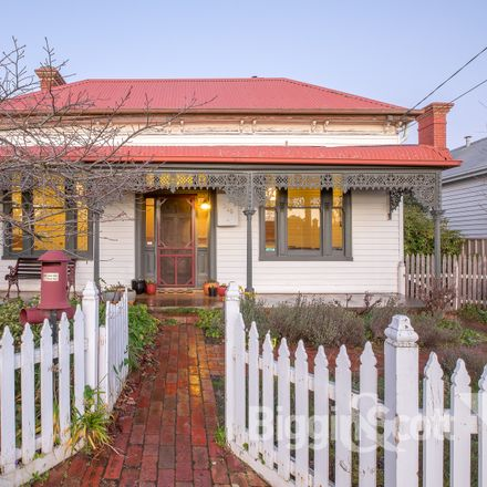 Rent this 3 bed house on 326 Armstrong Street North