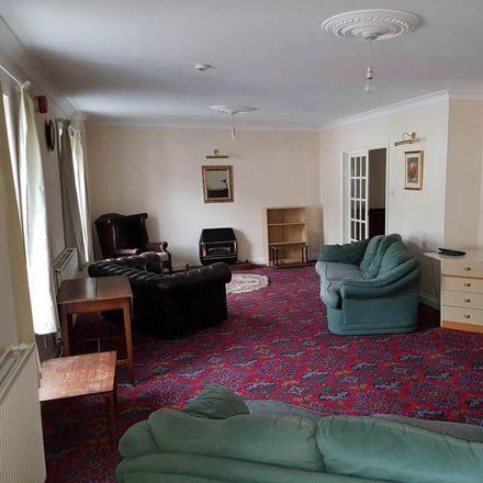 Rent this 3 bed apartment on Lampeter Medical Practice in Bridge Street, Lampeter SA48 7HG