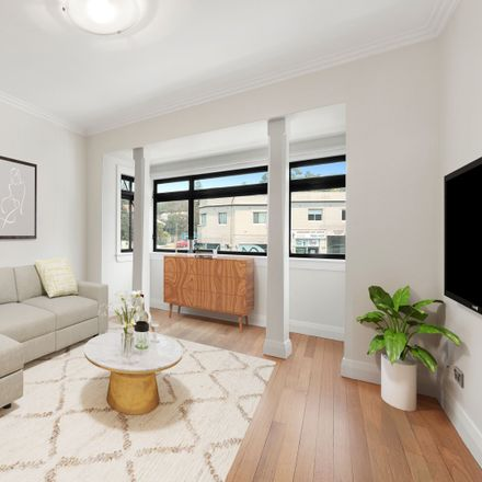 Rent this 2 bed apartment on 3/6 Curlewis Street