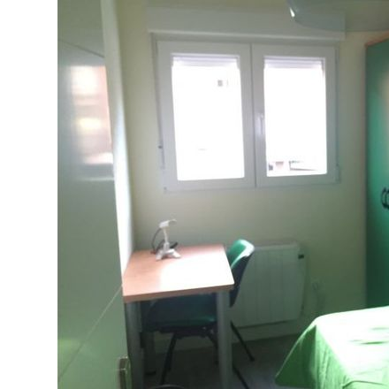 Rent this 4 bed apartment on Avenida de España in 28903 Getafe, Spain
