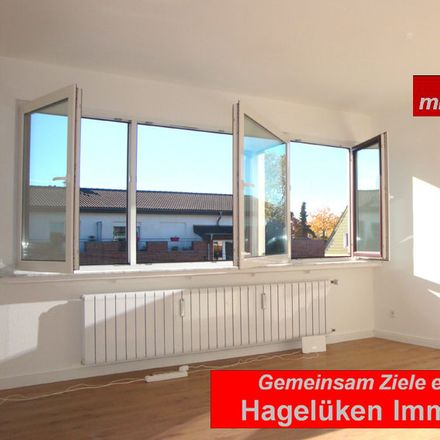 Rent this 3 bed apartment on Sparkasse Essen - Filiale Frintrop in Frintroper Straße 453, 45359 Essen