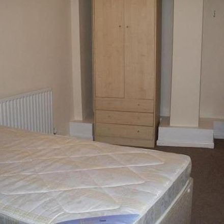 Rent this 3 bed room on Woodsley Multi-Cultural Community Centre in Woodsley Road, Leeds LS3 1DX