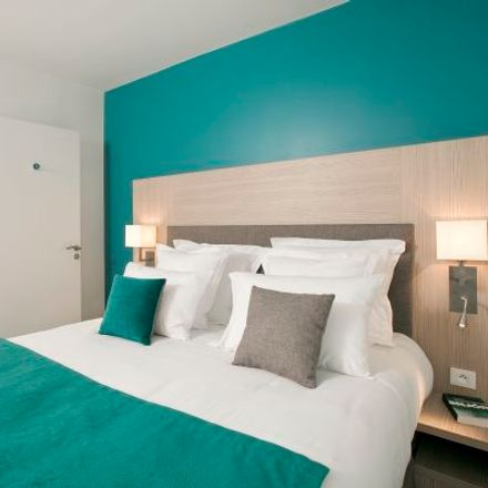 Rent this 2 bed apartment on 3 Rue Maria Montessori in 92600 Asnières-sur-Seine, France