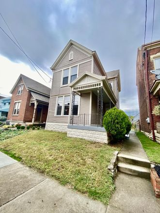 Rent this 2 bed house on 335 Washington Avenue in Bellevue, KY 41073