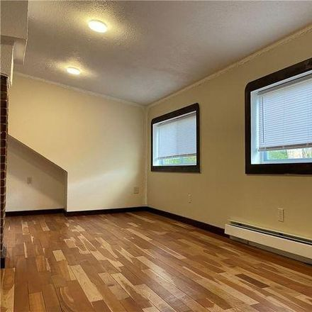 Rent this 2 bed house on 654 Plymouth Drive in Syracuse, NY 13206