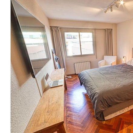 Rent this 6 bed apartment on Parque de sagunto in Carrer de Fra Pere Vives, 46010 Valencia
