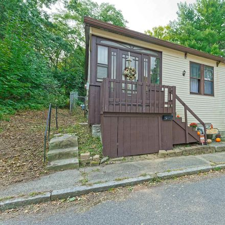 Rent this 3 bed house on 8 Caldwell Street in Albany, NY 12208