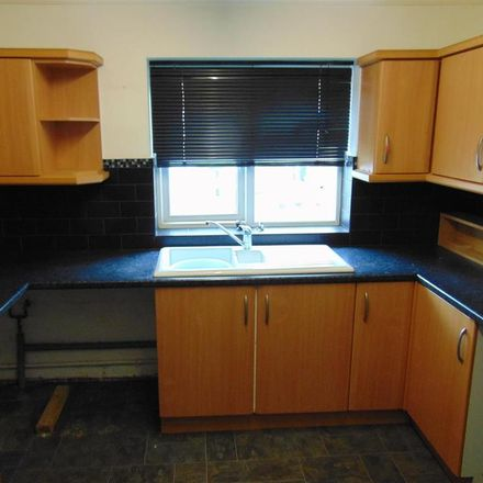 Rent this 2 bed apartment on Sussex Avenue in Walsall WS9, United Kingdom
