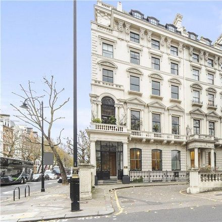 Rent this 3 bed apartment on Consulate of Algeria in 6 Hyde Park Gate, London SW7 5XE