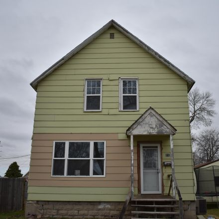 Rent this 3 bed house on 113 North State Street in Aberdeen, SD 57401