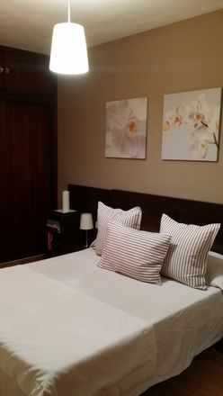 Rent this 3 bed room on Carrer d'Eusebi Estada in 66, 07004 Palma