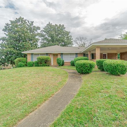 Rent this 3 bed house on 401 Carol Villa Drive in Montgomery, AL 36109