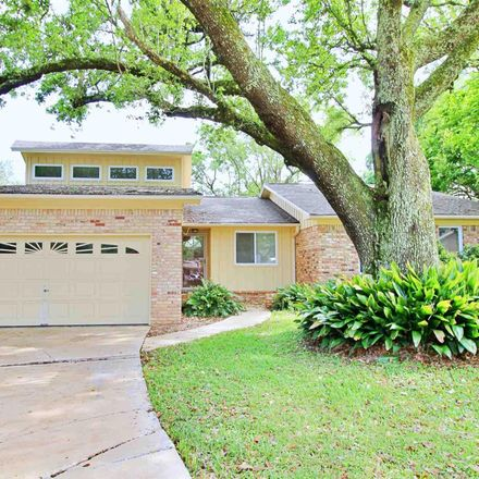 Rent this 3 bed house on Yardley Cir in Pensacola, FL