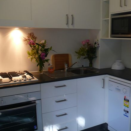 Rent this 1 bed apartment on L2/7 Lavender Street