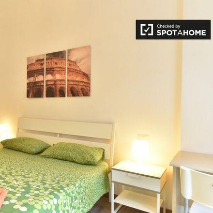 Rent this 2 bed apartment on Il Forno Antico di Roma in Via della Moletta, 32/34