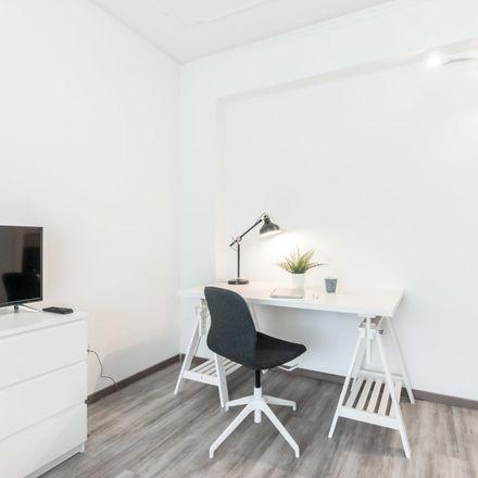 Rent this 5 bed room on Via Giosuè Carducci in 56, 30171 Venezia VE